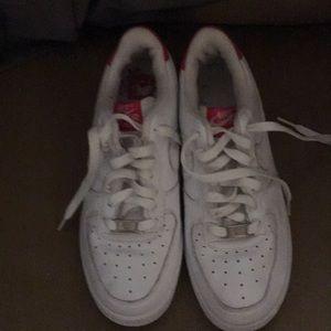 Women's Nike Air Force 1 Tennis Shoes.